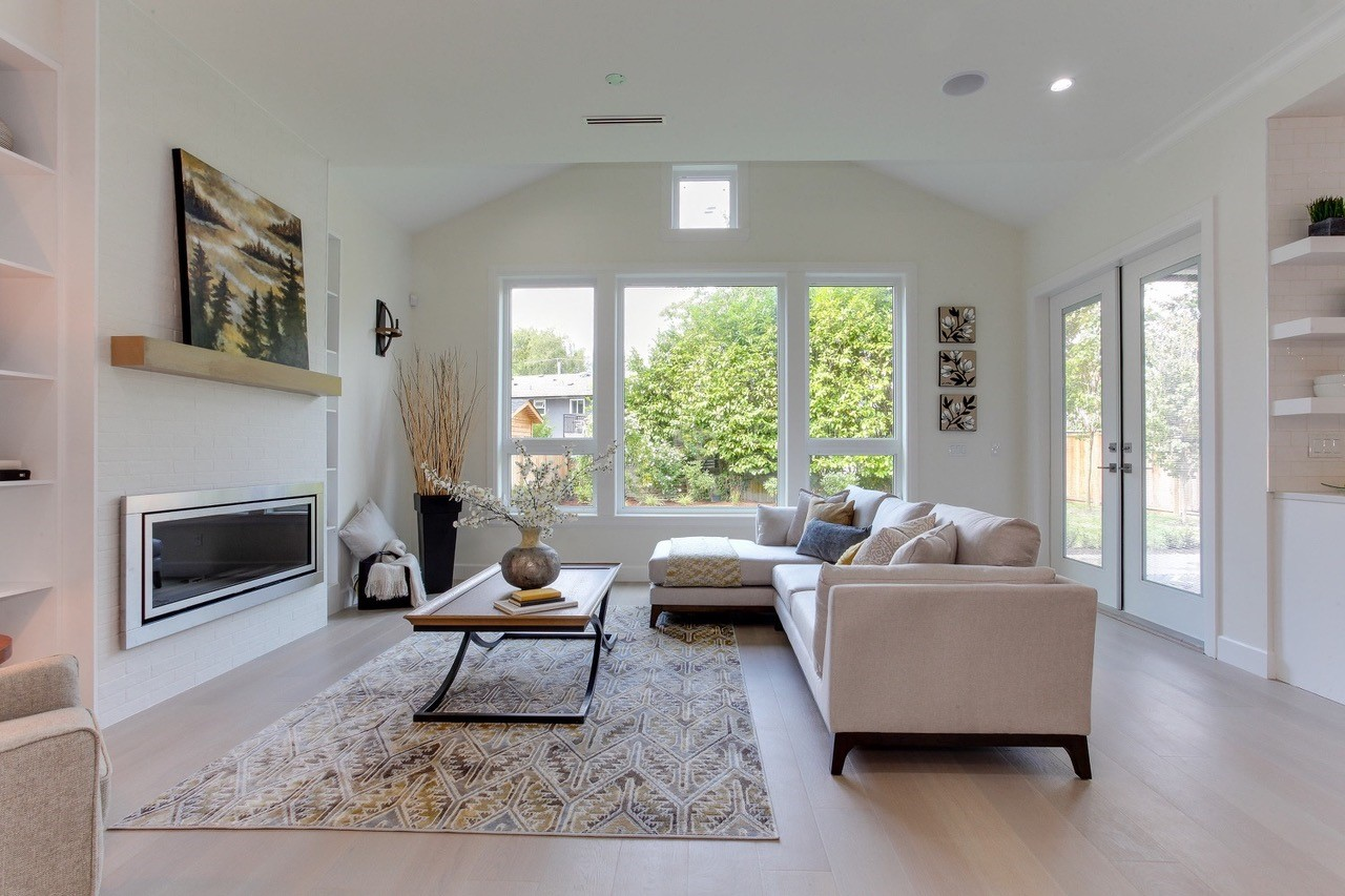 Home Staging Surrey Home Staging White Rock Decorating